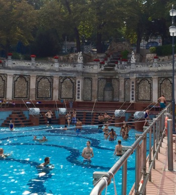 Budapest: Architecture, Baths, & Ruin Bars | Chasing Krista | Budapest