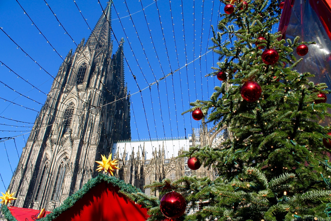 Cologne: a guide to Christmas Markets | Chasing Krista | Cologne, Germany